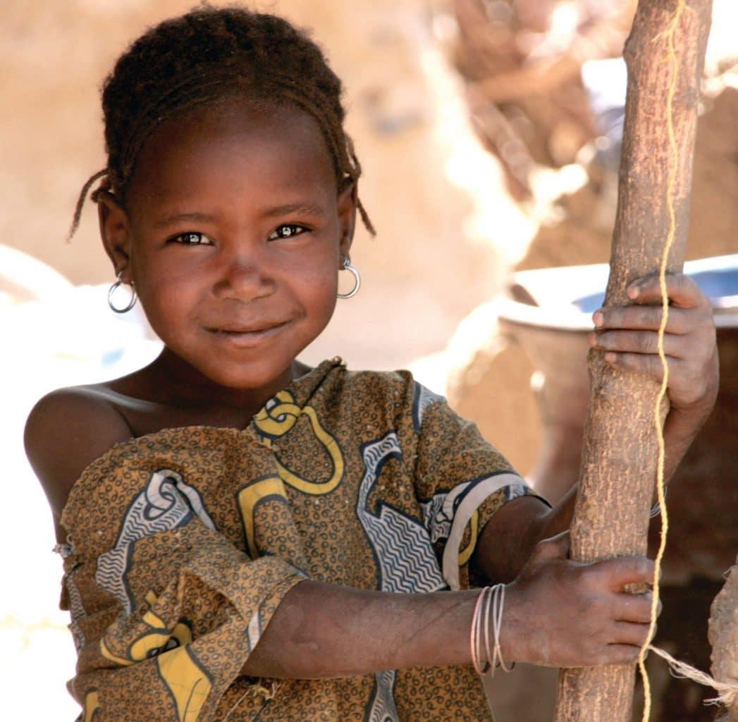 Cette image illustre un appel au don de la part de l'OPC. L'Organisation pour la Prévention de la Cécité (OPC) encourage le renforcement des systèmes de santé oculaire et lutte pour le droit à la vue des populations les plus négligées en Afrique francophone.
