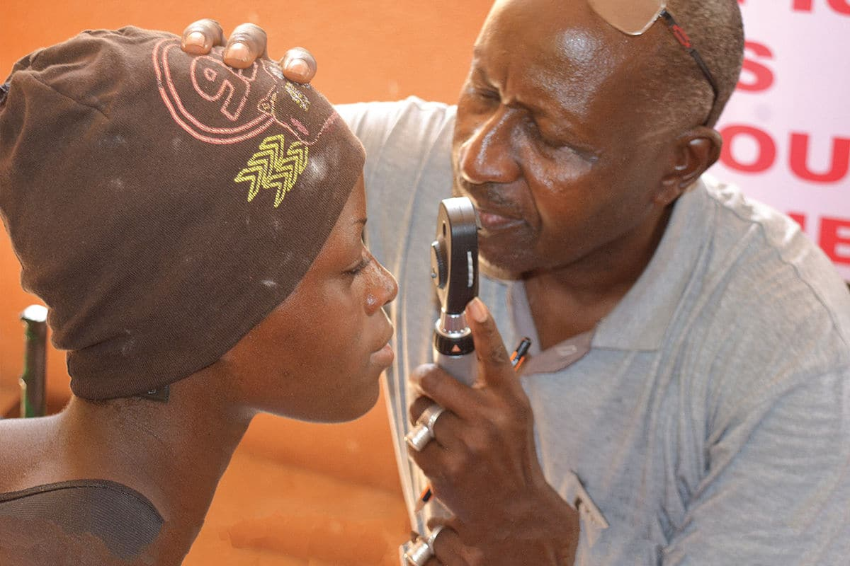 OPC blog - L'Organisation pour la Prévention de la Cécité (OPC) encourage le renforcement des systèmes de santé oculaire et lutte pour le droit à la vue des populations les plus négligées en Afrique francophone.